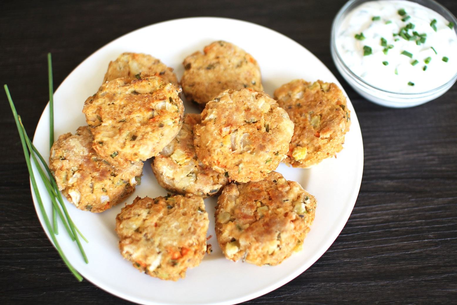 Healthy tuna cakes recipe righter for Canned fish recipes