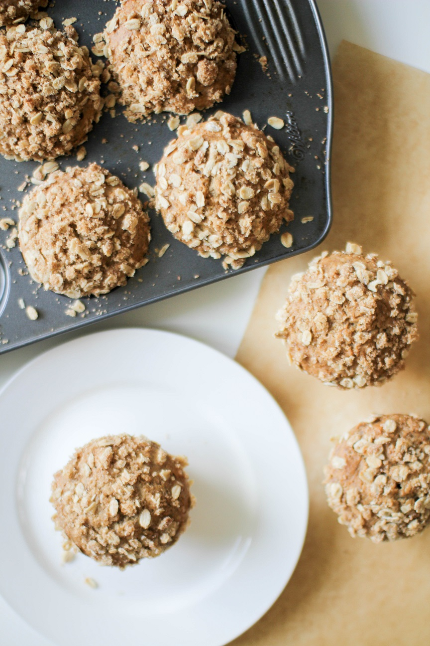 Banana-Nut muffins with Oat topping - Recipe Righter